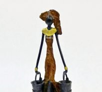 Hand-cast Burkina Faso bronze figurine - brown lady carrying two pails